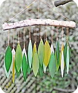 Glass Leaves Green Wind Chime